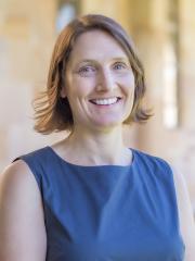 Dr Andrea La Nauze