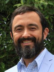 Dr David Fleming-Muñoz
